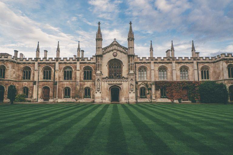 將恢復PSW簽證,英國留學生畢業後可留英兩年